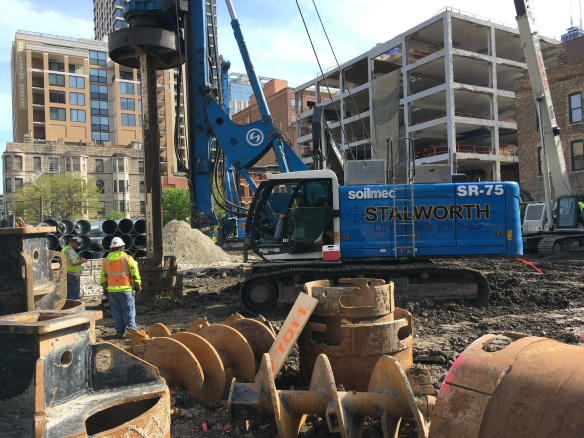 Marlowe caissons 675 North Wells