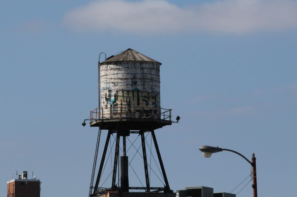 809 North Racine Chicago Water Tank