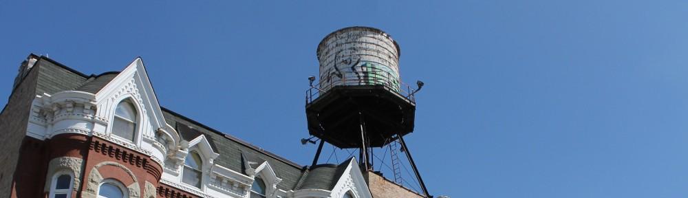 809 North Racine Chicago Water Tank