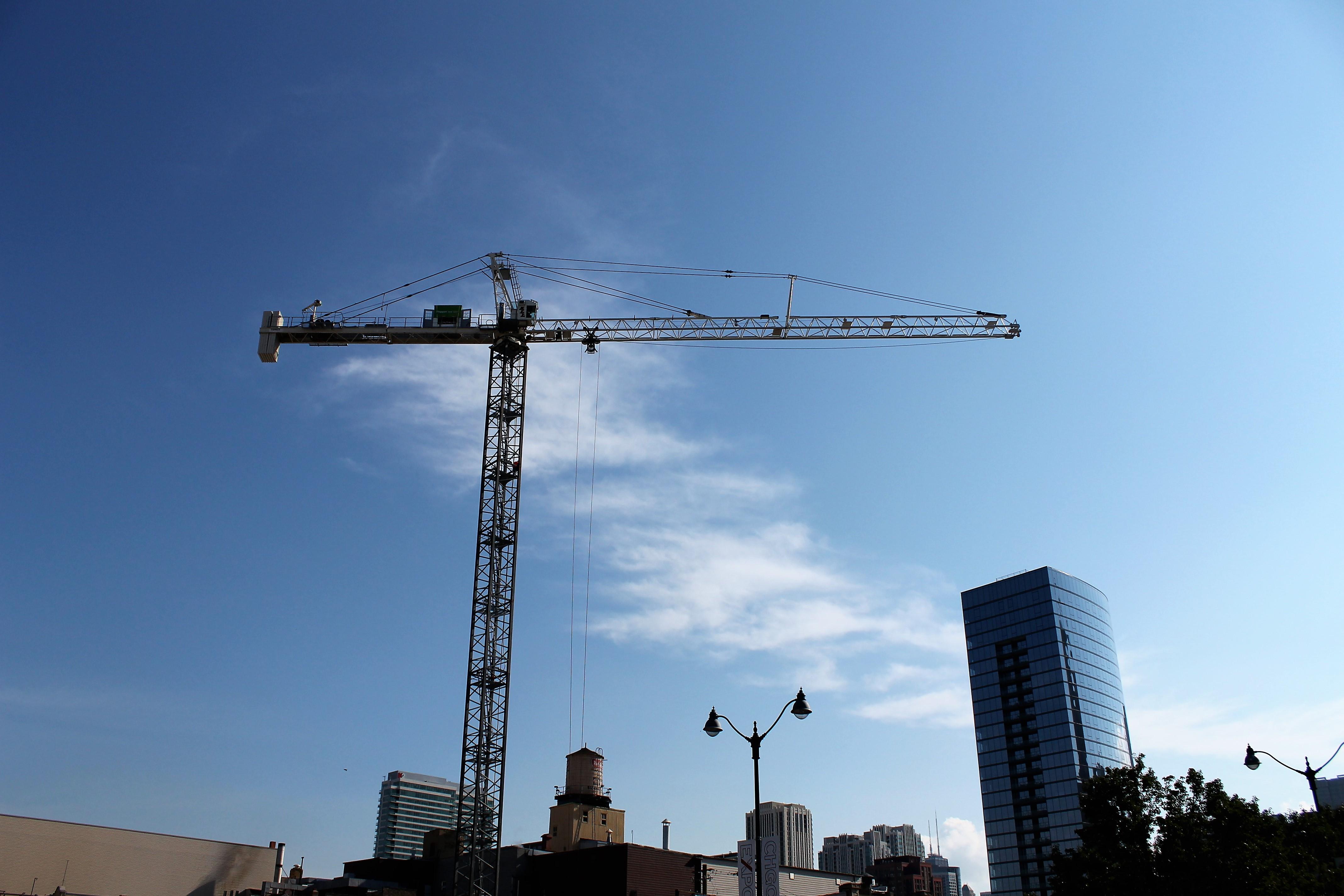 Nobu Hotel Chicago tower crane