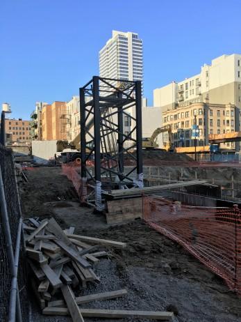 808 West Van Buren tower crane stub 3