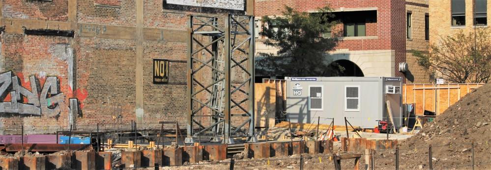 Hoxton Chicago hotel tower crane stub