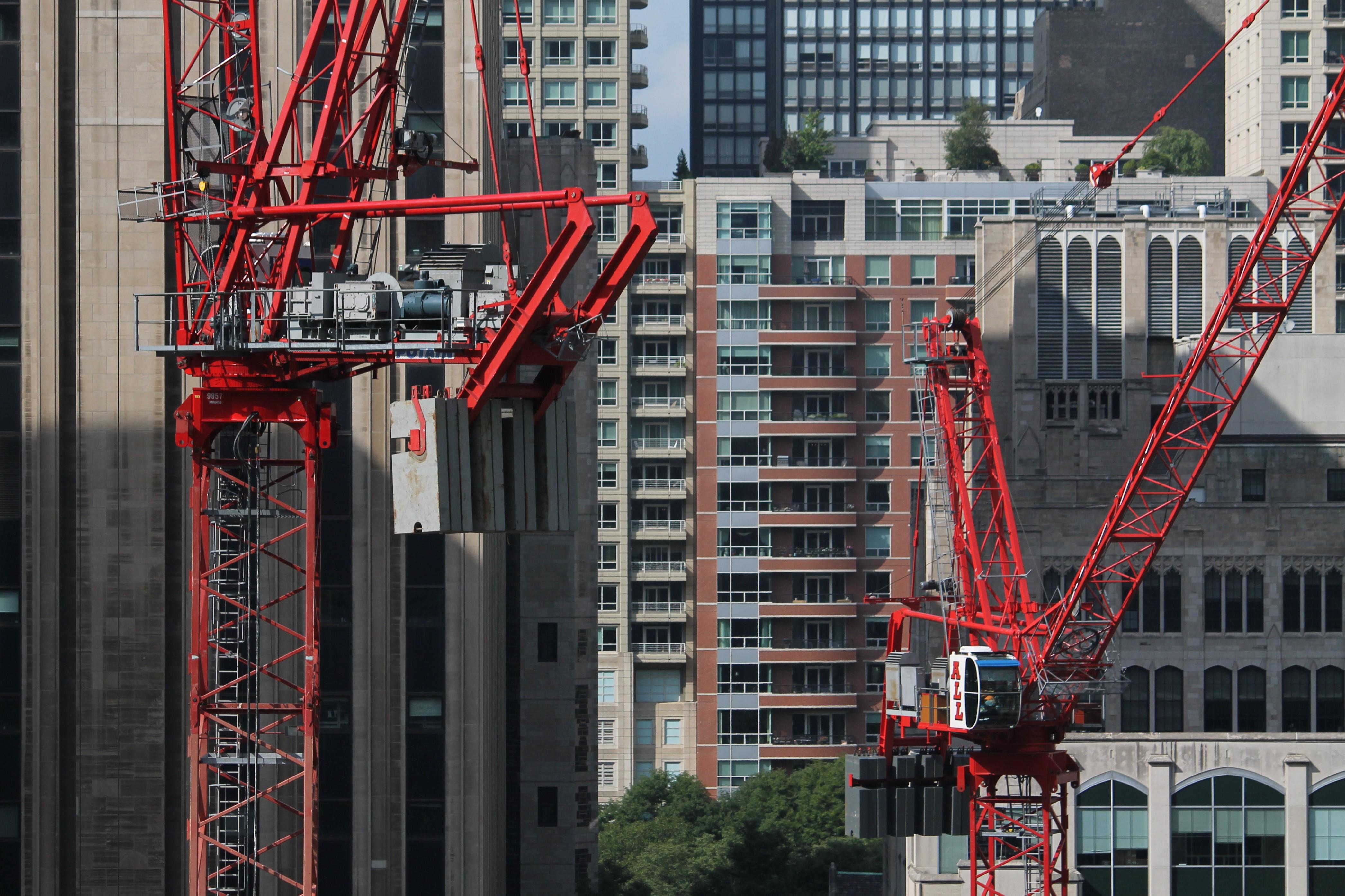 Simpson Querrey tower cranes