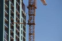 Triple-branded Hilton tower crane removal 8