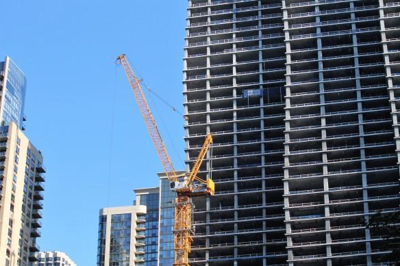 Vista Tower East Tower Crane